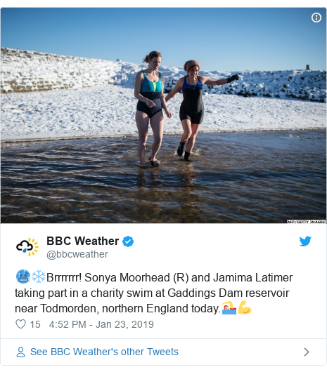 Twitter post by @bbcweather: 🥶❄️Brrrrrrr! Sonya Moorhead (R) and Jamima Latimer taking part in a charity swim at Gaddings Dam reservoir near Todmorden, northern England today.🏊♀️💪