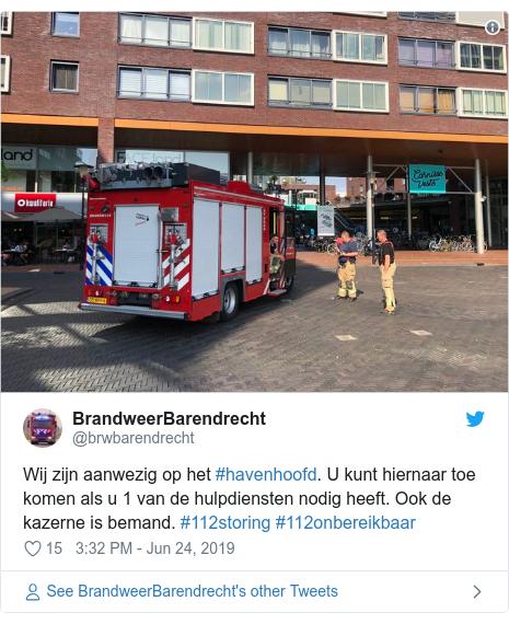 Twitter post by @brwbarendrecht: Wij zijn aanwezig op het #havenhoofd. U kunt hiernaar toe komen als u 1 van de hulpdiensten nodig heeft. Ook de kazerne is bemand. #112storing #112onbereikbaar