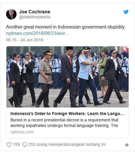 Twitter pesan oleh @datelinejakarta: Another great moment in Indonesian government stupidity