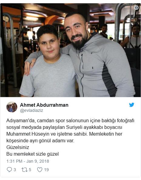 @evladiaziz tərəfindən edilən Twitter paylaşımı: Adıyaman'da, camdan spor salonunun içine baktığı fotoğrafı sosyal medyada paylaşılan Suriyeli ayakkabı boyacısı Muhammet Hüseyin ve işletme sahibi. Memleketin her köşesinde ayrı gönül adamı var.GüzelsinizBu memleket sizle güzel