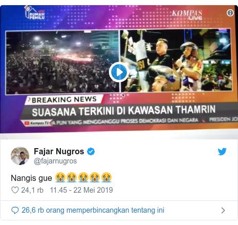 Twitter pesan oleh @fajarnugros: Nangis gue 😭😭😭😭😭
