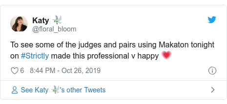 Twitter post by @floral_bloom: To see some of the judges and pairs using Makaton tonight on #Strictly made this professional v happy 💗