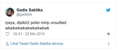 Twitter pesan oleh @gadsktk: iyaya, dipikir2 polisi mirip unsullied wkwkwkwkwkwkwkwkwk