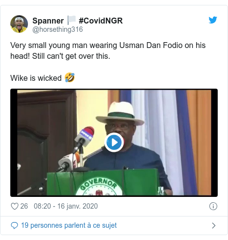 Twitter publication par @horsething316: Very small young man wearing Usman Dan Fodio on his head! Still can't get over this.Wike is wicked 🤣