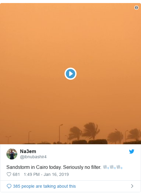 Twitter post by @ibnubashir4: Sandstorm in Cairo today. Seriously no filter. 🌬🌬🌬