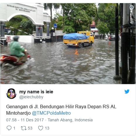 Twitter pesan oleh @ieiechubby: Genangan di Jl. Bendungan Hilir Raya Depan RS AL Mintohardjo @TMCPoldaMetro