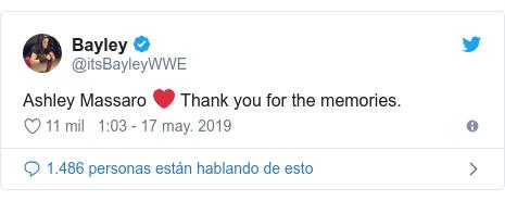 Publicación de Twitter por @itsBayleyWWE: Ashley Massaro ❤️ Thank you for the memories.