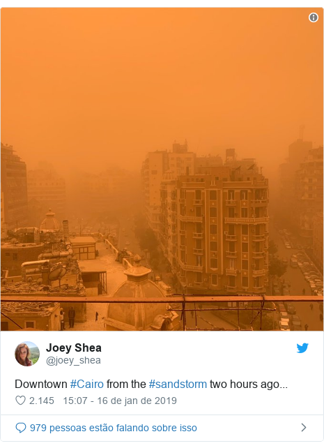 Twitter post de @joey_shea: Downtown #Cairo from the #sandstorm two hours ago...