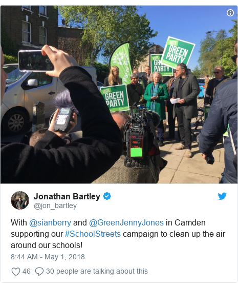 Twitter post by @jon_bartley: With @sianberry and @GreenJennyJones in Camden supporting our #SchoolStreets campaign to clean up the air around our schools!