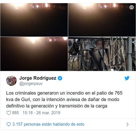 Publicación de Twitter por @jorgerpsuv: Los criminales generaron un incendio en el patio de 765 kva de Guri, con la intención aviesa de dañar de modo definitivo la generación y transmisión de la carga