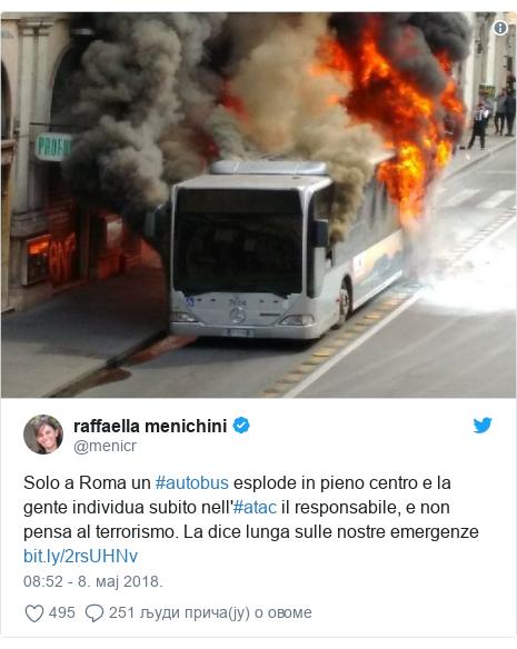 Twitter post by @menicr: Solo a Roma un #autobus esplode in pieno centro e la gente individua subito nell'#atac il responsabile, e non pensa al terrorismo. La dice lunga sulle nostre emergenze
