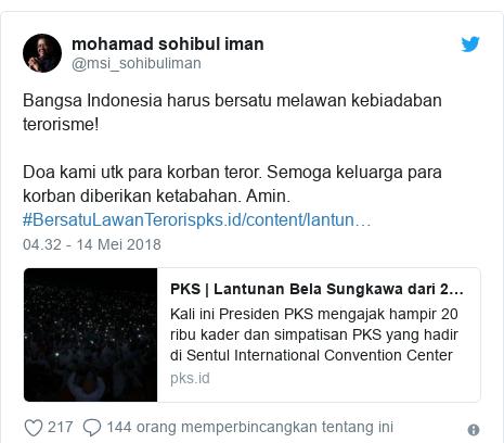 Twitter pesan oleh @msi_sohibuliman: Bangsa Indonesia harus bersatu melawan kebiadaban terorisme!Doa kami utk para korban teror. Semoga keluarga para korban diberikan ketabahan. Amin. #BersatuLawanTeroris