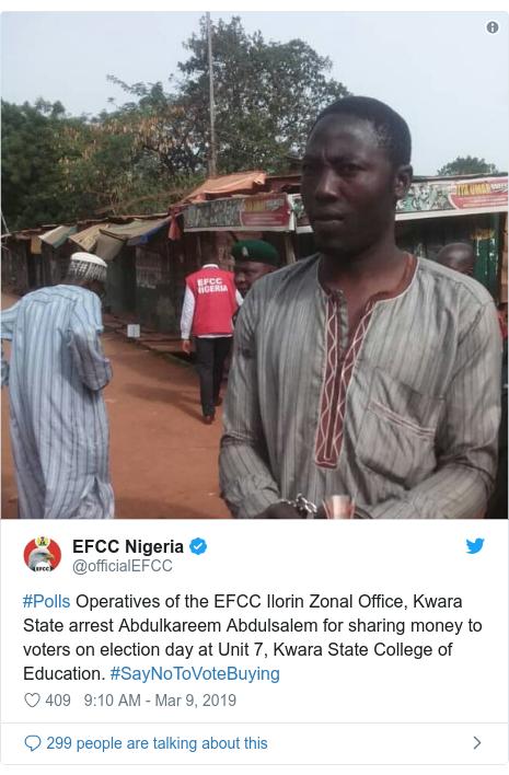 Twitter wallafa daga @officialEFCC: #Polls Operatives of the EFCC Ilorin Zonal Office, Kwara State arrest Abdulkareem Abdulsalem for sharing money to voters on election day at Unit 7, Kwara State College of Education. #SayNoToVoteBuying