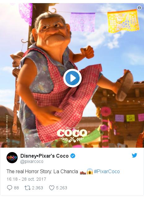 Publicación de Twitter por @pixarcoco: The real Horror Story  La Chancla 👞😱 #PixarCoco