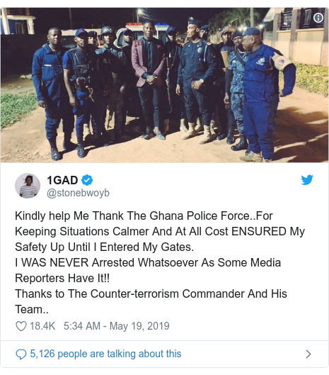 Twitter post by @stonebwoyb: Kindly help Me Thank The Ghana Police Force..For Keeping Situations Calmer And At All Cost ENSURED My Safety Up Until I Entered My Gates.I WAS NEVER Arrested Whatsoever As Some Media Reporters Have It!!Thanks to The Counter-terrorism Commander And His Team..