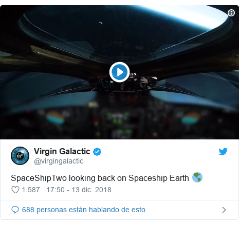 Publicación de Twitter por @virgingalactic: SpaceShipTwo looking back on Spaceship Earth 🌎