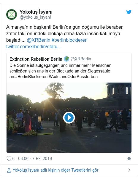 @yokolus_isyani tarafından yapılan Twitter paylaşımı: Almanya'nın başkenti Berlin'de gün doğumu ile beraber zafer takı önündeki blokaja daha fazla insan katılmaya başladı... @XRBerlin #berlinblockieren