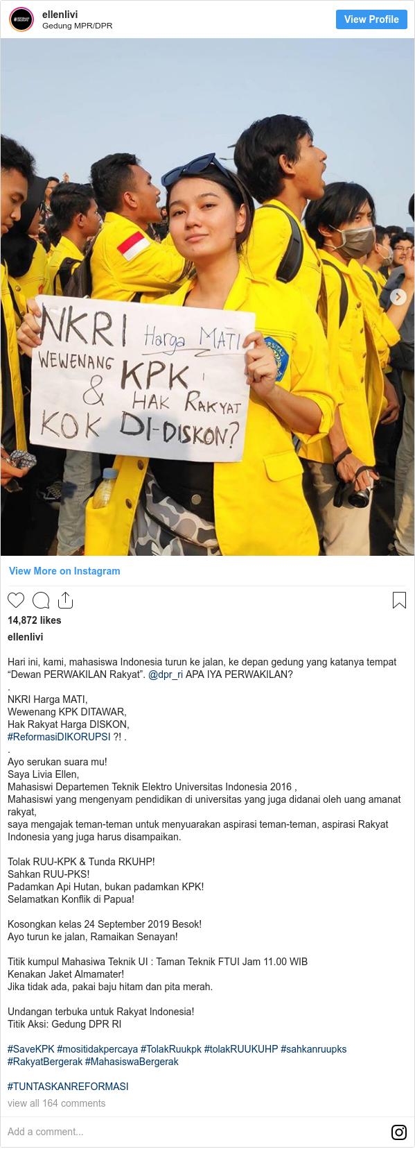 Demo Mahasiswa Era Media Sosial Poster Lucu Penggalangan