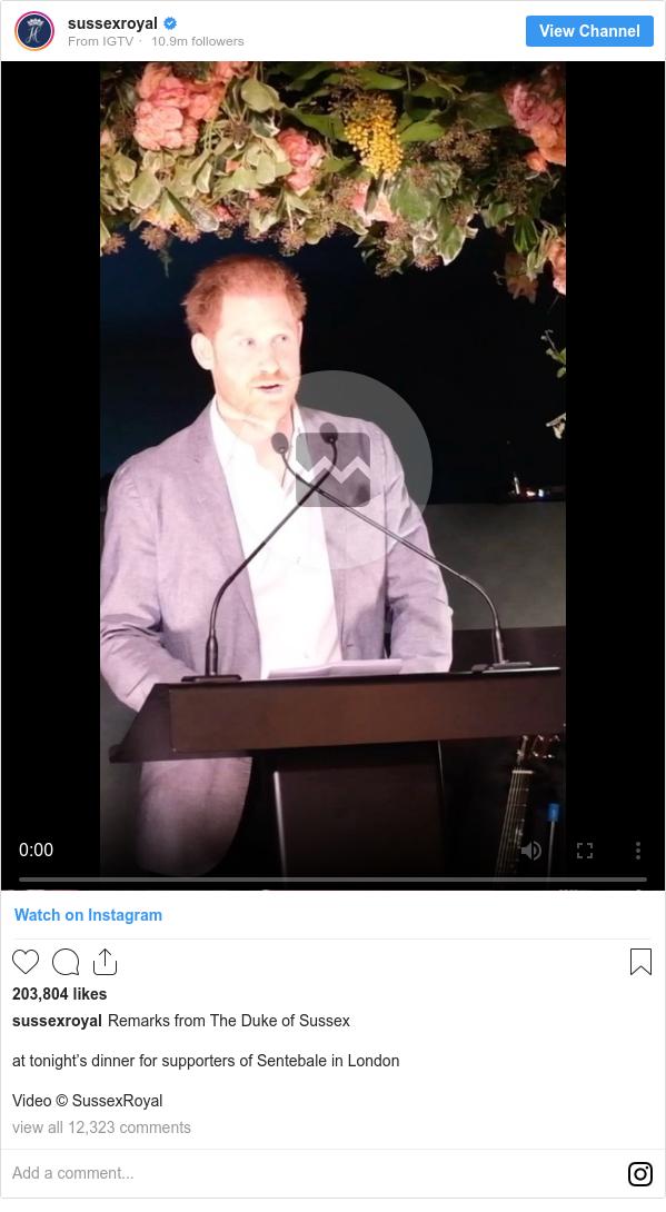 Publicación de Instagram por sussexroyal: at tonight's dinner for supporters of Sentebale in London  Video© SussexRoyal