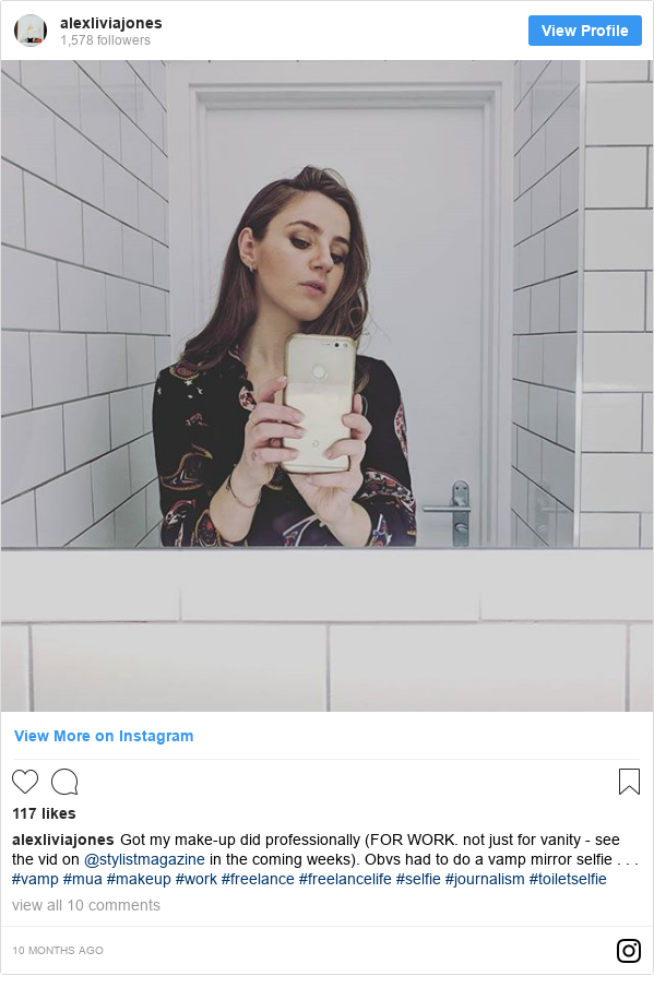 Publicación de Instagram por alexliviajones: Got my make-up did professionally (FOR WORK. not just for vanity - see the vid on @stylistmagazine in the coming weeks). Obvs had to do a vamp mirror selfie . . . #vamp #mua #makeup #work #freelance #freelancelife #selfie #journalism #toiletselfie