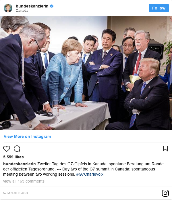 Instagram post by bundeskanzlerin: Zweiter Tag des G7-Gipfels in Kanada  spontane Beratung am Rande der offiziellen Tagesordnung. --- Day two of the G7 summit in Canada  spontaneous meeting between two working sessions. #G7Charlevoix