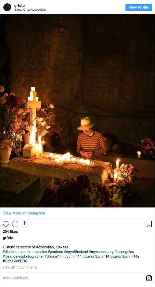 Publicación de Instagram por grfoto: Historic cemetery of Xoxocotlán, Oaxaca.  #diadelosmuertos #candles #panteon #dayofthedead #mycanonstory #losangeles #losangelesphotographer #35mmf14ii  #35mmf14l  #canon35mm14 #canon35mmf14ii #ConexiónBBC
