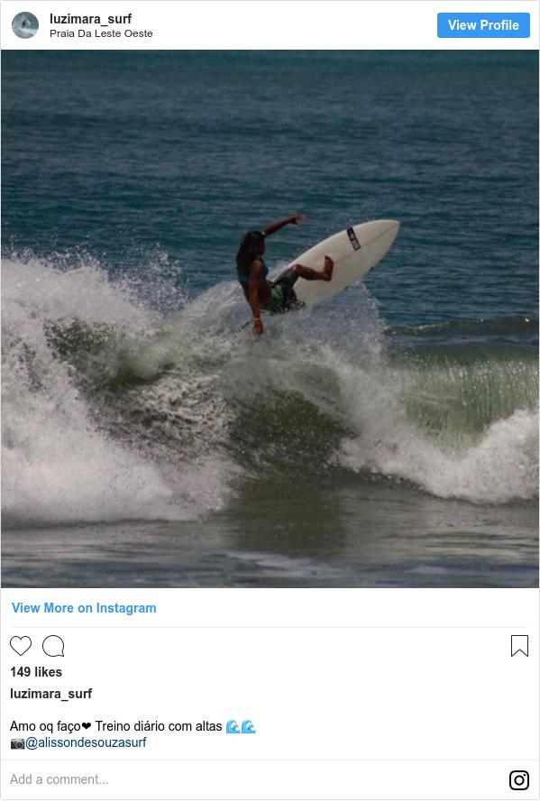 Publicación de Instagram por luzimara_surf: Amo oq faço❤ Treino diário com altas 🌊🌊 📷@alissondesouzasurf