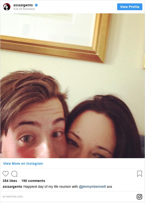 Publicación de Instagram por asiaargento: Happiest day of my life reunion with @jimmymbennett xox