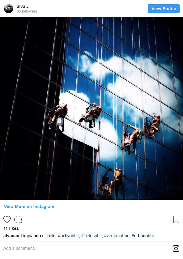 Publicación de Instagram por alvacax: Limpiando el cielo. #activobbc, #cielosbbc, #ventanabbc, #urbanobbc