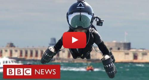 YouTube post de BBC News Brasil: Inventor cruza canal com roupa turbinada