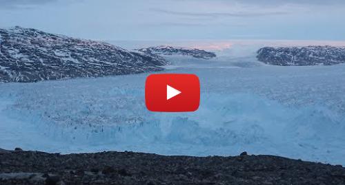 Youtube пост, автор: New York University: NYU Scientists Capture 4-mile Iceberg Breaking in Greenland