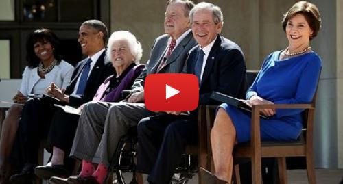 Publicación de Youtube por BBC News Mundo: Obama, Clinton y Carter en homenaje a George W. Bush
