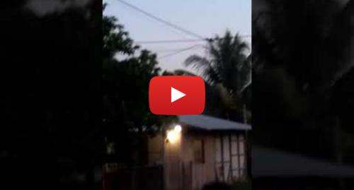 Publicación de Youtube por jhoncitow Flores Gaviria: Meteorito que cayó en Pucallpa