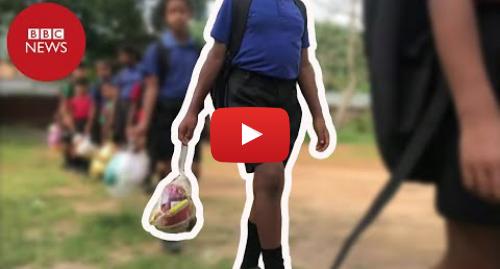 YouTube post de BBC News Brasil: A escola onde crianças pagam mensalidade com plástico