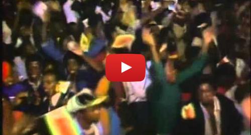 Youtube publication par JamrockVybz Music: Bob Marley - Zimbabwe 17th April 1980 - Video