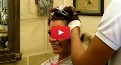 Publicación de Youtube por BBC News Mundo: El papito de los peluqueros en Cuba