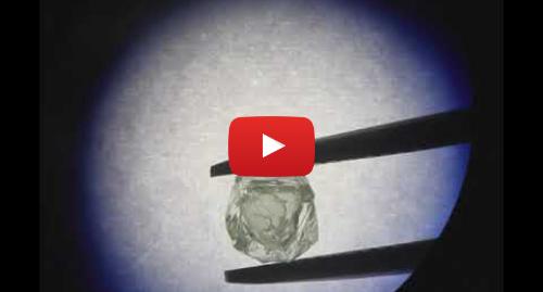 """Youtube пост, автор: ИА «Амител»: Первый в мире алмаз-""""матрешка"""". Его добыли в России"""