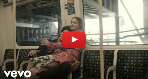 Youtube post by WolfAliceVEVO: Wolf Alice - Don't Delete the Kisses