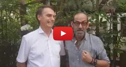 Publicación de Youtube por Jair Bolsonaro: Maquiador Lili Ferraz visita e vota Jair Bolsonaro.