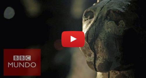 Publicación de Youtube por BBC News Mundo: ¿Qué hay dentro de las momias animales en Egipto?