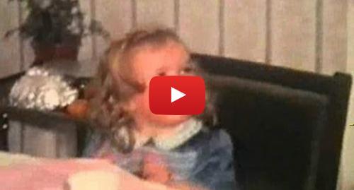 Publicación de Youtube por BBC News Mundo: Irlandesa adoptada encuentra a su madre a la vuelta de la esquina