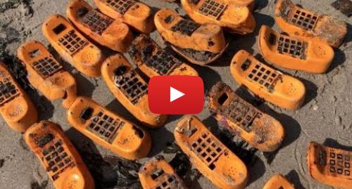 Youtube post by France 3 Bretagne: Le mystère des téléphones Garfield échoues enfin résolu