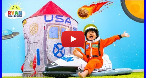 Publicación de Youtube por Ryan's World: Why Do Astronauts Wear Space Suits??? | Educational Video for kids with Ryan ToysReview