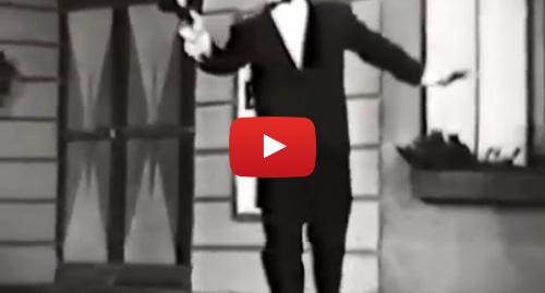 Publicación de Youtube por Alan Eichler: Ray Bolger--The Old Soft Shoe, 1957 TV, Joaquin Phoenix Joker