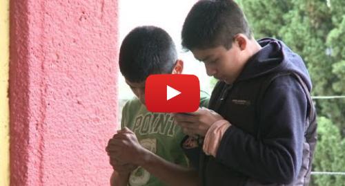 Publicación de Youtube por BBC News Mundo: México  un pueblo indígena con su propia red de celulares