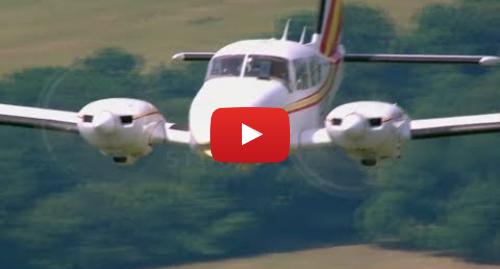 Publicación de Youtube por BBC News Mundo: El vuelo más corto del mundo