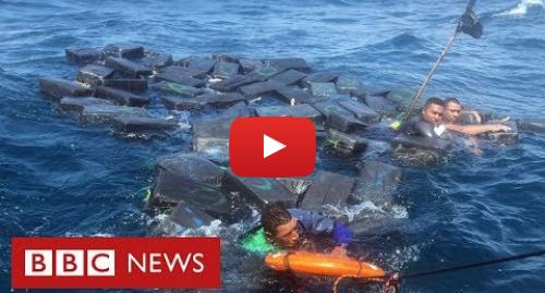 YouTube post de BBC News Brasil: Náufragos se salvam boiando em pacotes de cocaína no Pacífico
