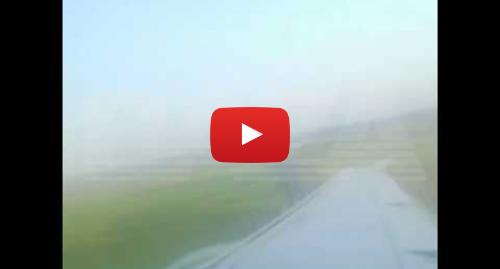 Youtube пост, автор: Baza: Видео посадки А321 прямо на кукурузное поле