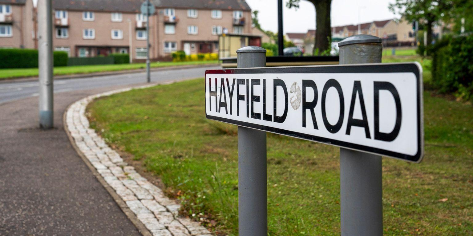 Hayfield Road sign, Kirkcaldy
