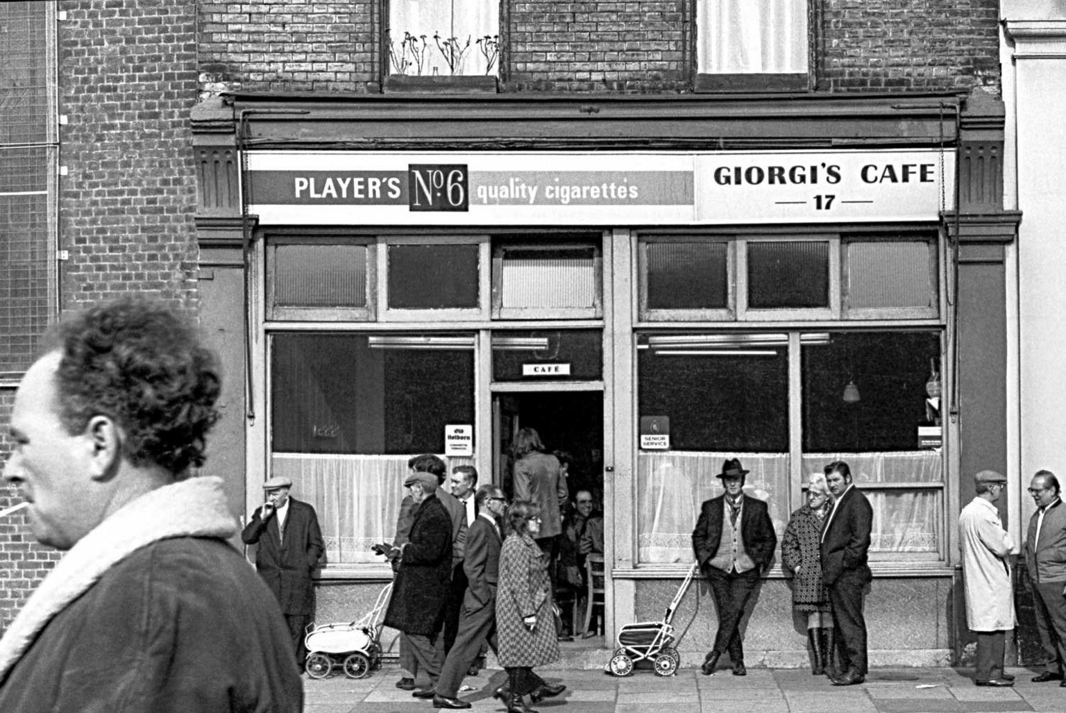 Giorgi's Cafe, Bethnal Green Road, 1971